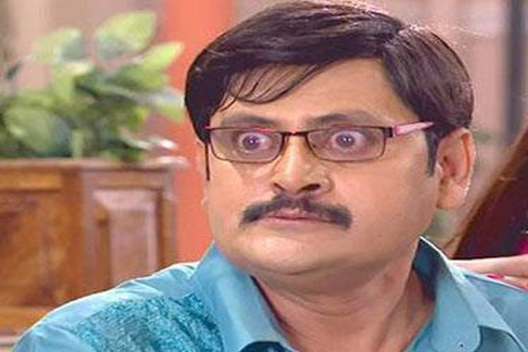 OMG! This actor was DENIED a Visa for USA..!